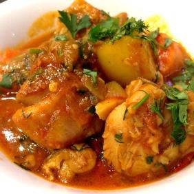 Kourmeh-e Mourgh - Chicken, ginger, garlic, yoghurt, Chana dal, sour plum, chilli