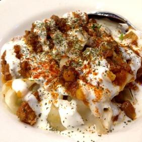 Mantoo - Afghani meat dumplings - lamb mince, onion, peas, garlic, tomato, yoghurt