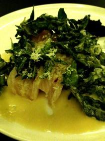Raw kingfish, saltbush, seaweed paste and horseradish