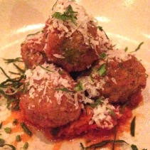 Herbed ricotta filled green olives, crumbed and lightly fried with salsa piccante & parmigiano