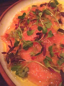 Salmon carpaccio, peperoni, colorati, capperi & olive oil