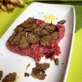 Raw beef with truffle