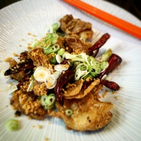 Chongqing-style chicken crackling