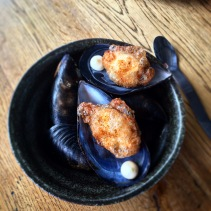 Beer tempura of mussels with aoili