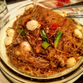 Stir-fried scallops with clear vermicelli and XO sauce