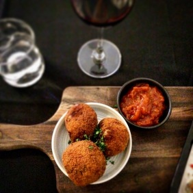 Garlic mushroom and brie arancini